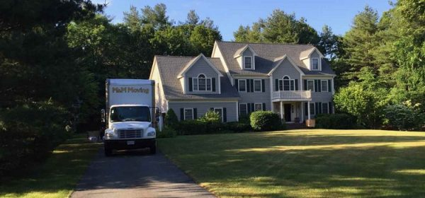 Five Reasons Why Contacting Local Movers Is A Smart Move